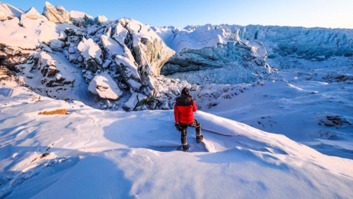 travelling the world solo greenland