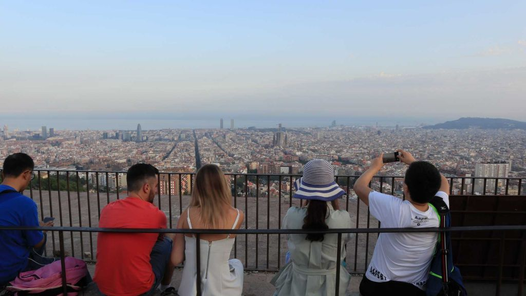 How to Visit the Best Barcelona Viewpoint: Bunkers Del Carmel