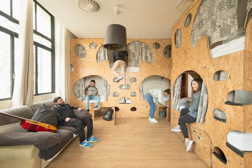7 BEST Hostels in Lisbon, Portugal [Updated 2020]