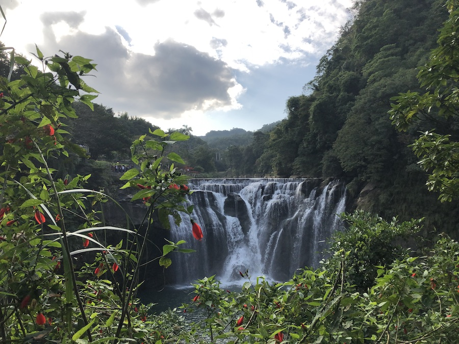 A Guide to Visiting Shifen Waterfall